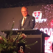 Vincent announces the Canterbury Rugby Women's Sevens Player of the Year at the 2018 Canterbury Rugby Awards
